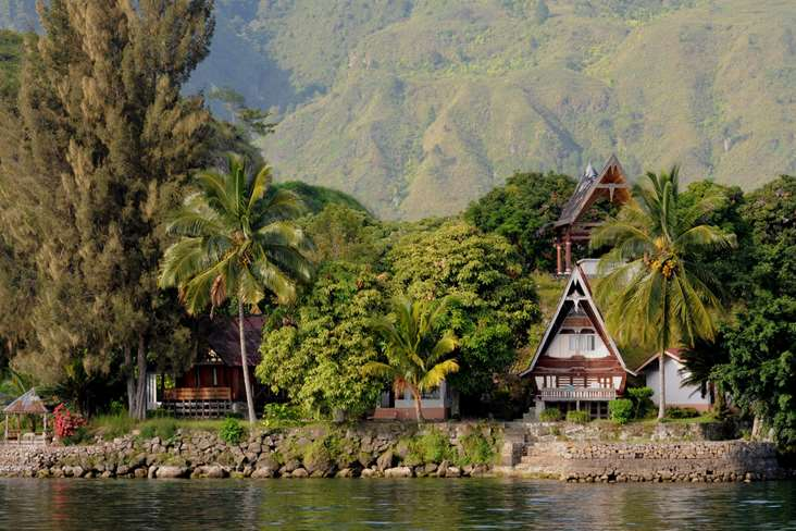 Indonesia Lake Toba